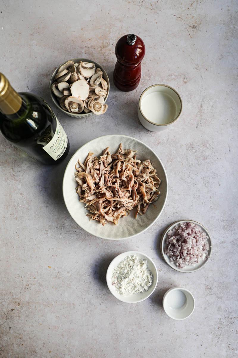 Los ingredientes para los crepes salados.