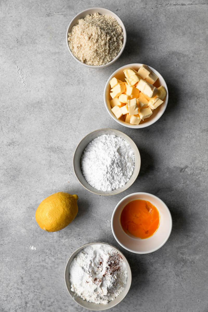 Ingredientes para realizar las galletas linzer