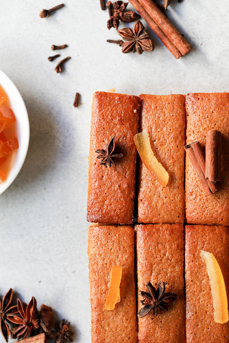 The mini pain d'épices topped with candied oranges, starred anis, and cinnamon