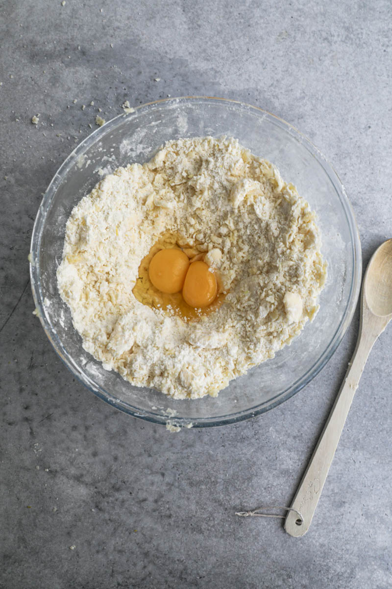 Making gateau Basque dough