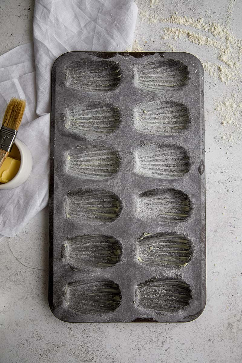 Buttered madeleine mould